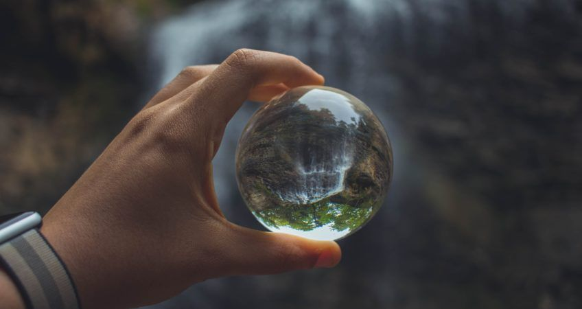 uwarunkowania środowiskowe postanowienia